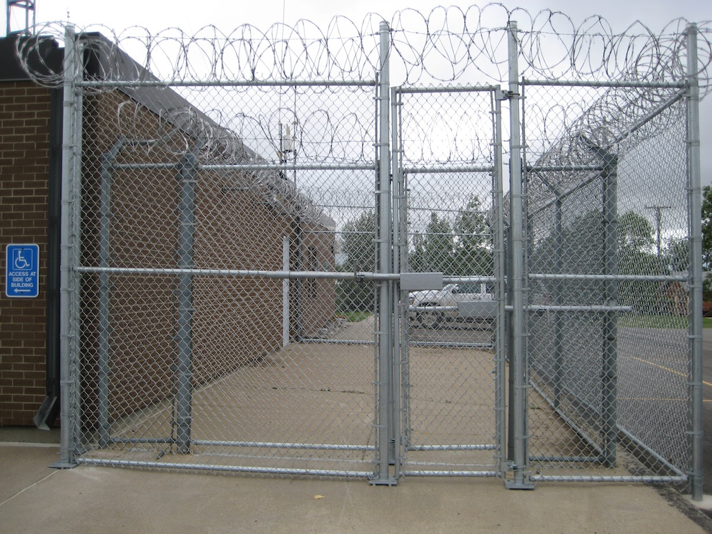 Commercial Fence Photos