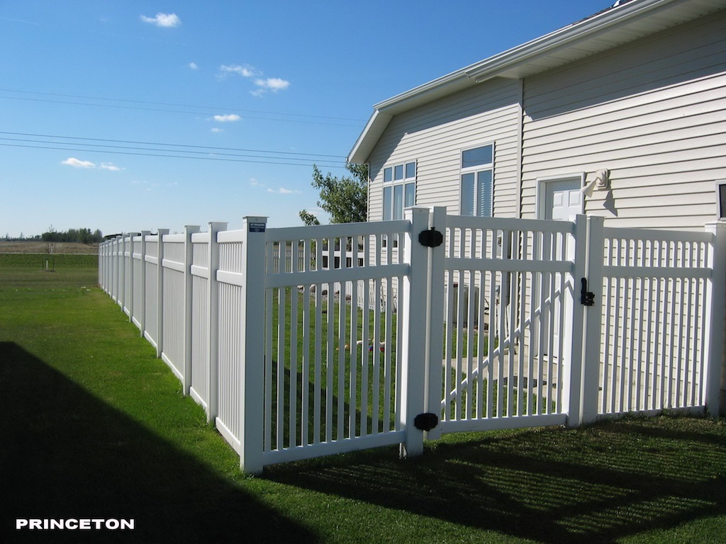 Residential Fence Photos