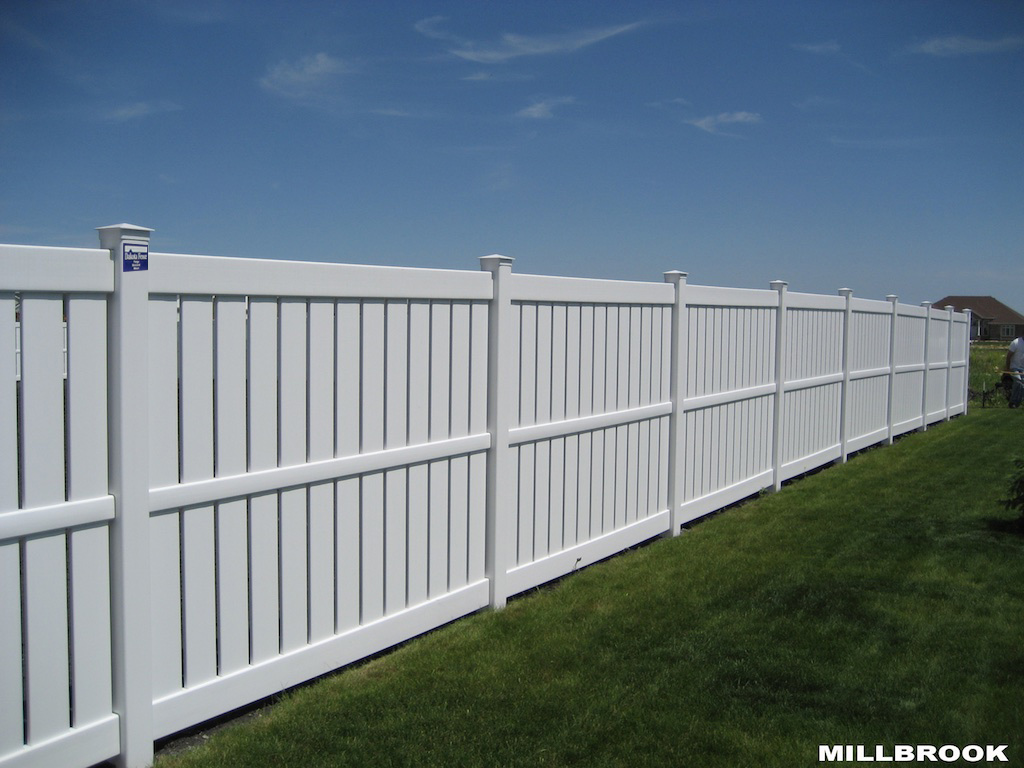 Semi privacy fence photos for Fences privacy